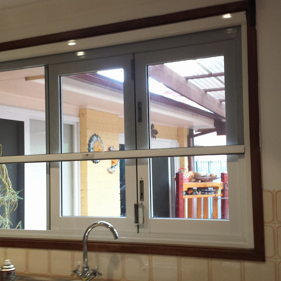 Fly Screen Free Quote 0451 001 060 Retractable Fly Screens